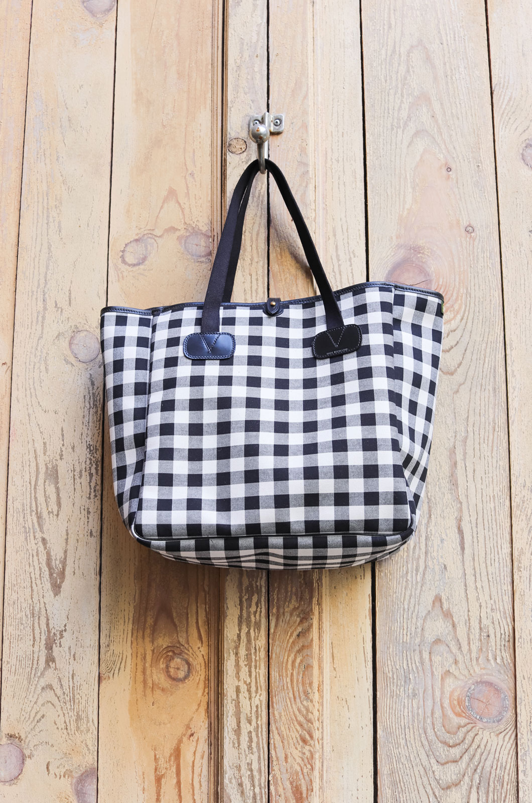Brady - Small CarryAll Bag - Light Gingham
